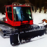 Snow Groomer Vehicles